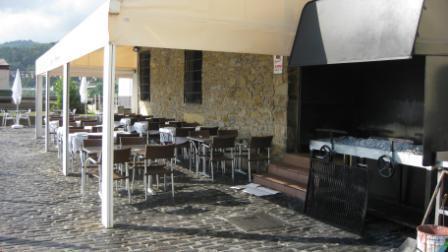 www.restaurantum.com_-_Restaurante_Mayflower_Getaria_-_Grill.JPG