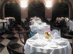 www.restaurantum.com_-_Restaurante_Monteagudo_Murcia_-_Sala_1.jpg