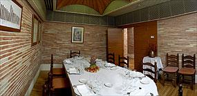 www.restaurantum.com_-_Restaurante_Nou_Manolín_Almoradí_-_Salon_Arniches.jpg