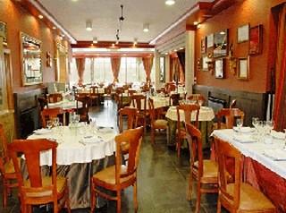 www.restaurantum.com_-_Restaurante_OBarazal_-_Interior.JPG