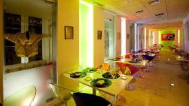 www.restaurantum.com_-_Restaurante_Plato&Placer_-_sala_moderna.jpg