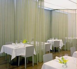 www.restaurantum.com_-_Restaurante_Riff_Valencia_-_Comedor.jpg