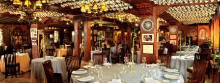 www.restaurantum.com_-_Restaurante_Ruta_del_Veleta_-_Comedor.JPG