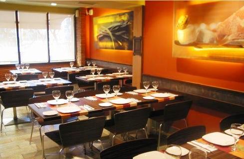 www.restaurantum.com_-_Restaurante_Sant_Martí_-_Comedor_e_interior.JPG