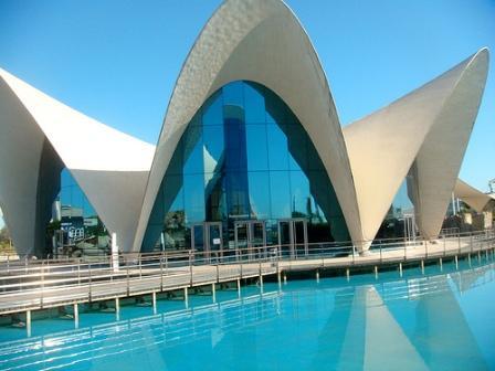 www.restaurantum.com_-_Restaurante_Submarino_Oceanografic_-_Ciudad_de_las_artes_y_ciencias.jpg