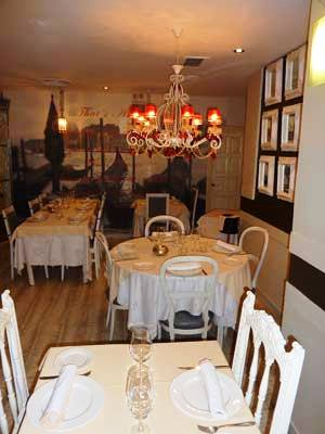 www.restaurantum.com_-_Restaurantum_Sobremesa_-_comedor_4.jpg