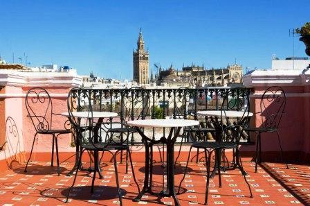 www.restaurantum.com_-_Taberna_del_Alabardero_-_Terraza_con_vista_a_la_giralda.jpg