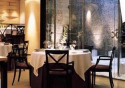 www.restaurantum.com_-_restaurante_-_santceloni_-_ambiente_interior.jpg