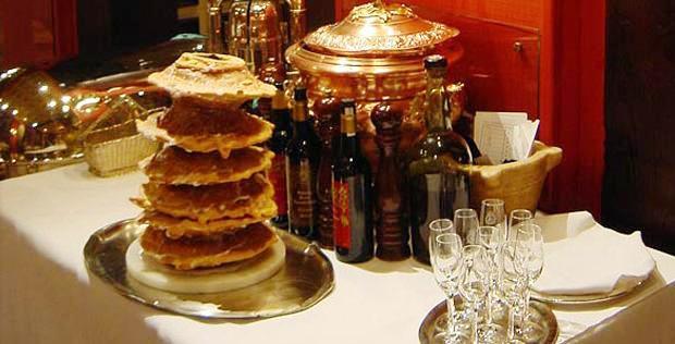 www.restaurantum.com_-_restaurante_Horcher_-_Baumkuchen.JPG