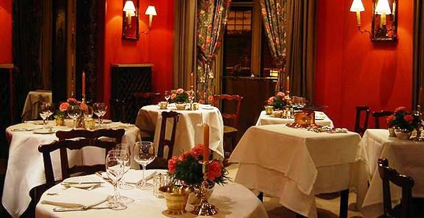 www.restaurantum.com_-_restaurante_Horcher_-_comedor_1.JPG